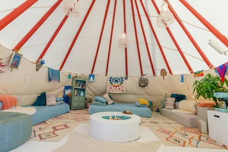 22' Tipi at Wishing Well mini Ranch