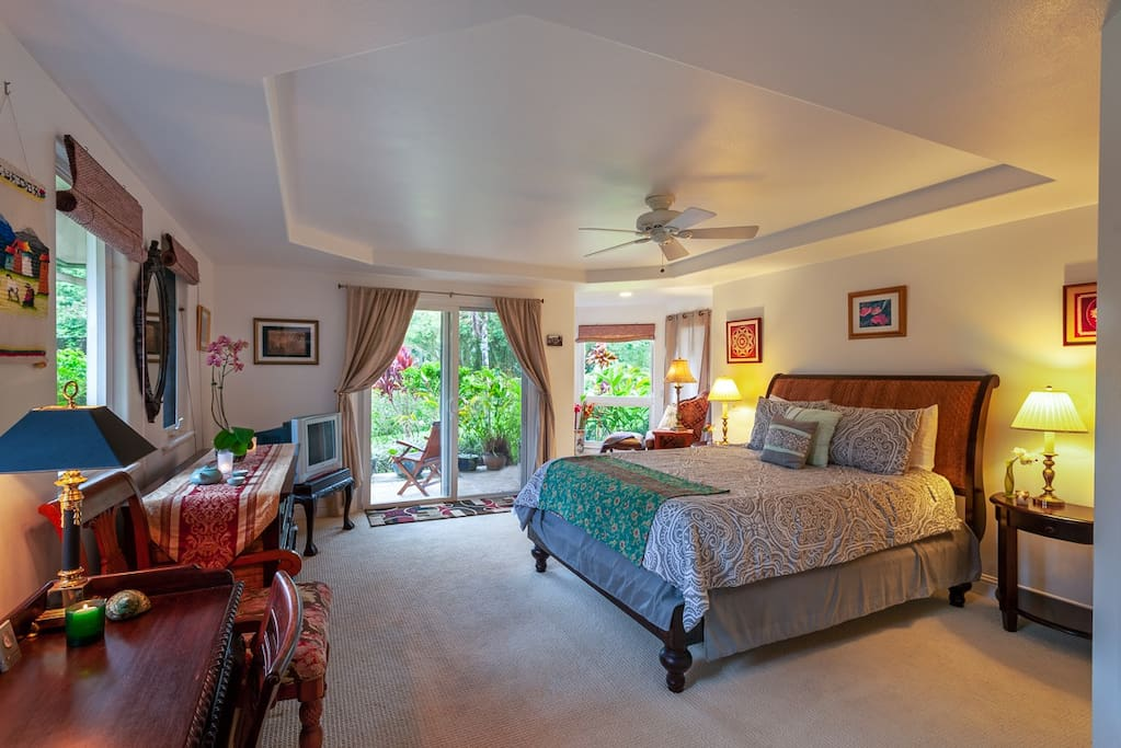 Bedroom at Villas of Kamalii