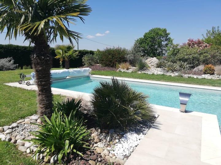 Au coeur du Tarn, villa au calme avec piscine