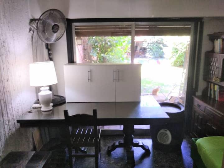 Habitación individual,zona residencial.