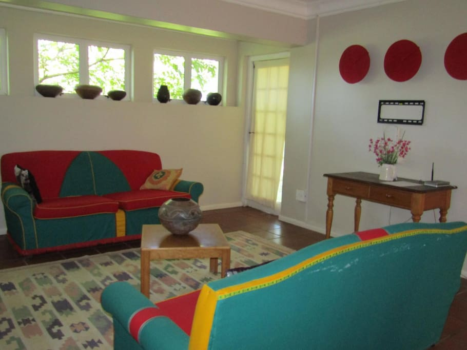 Private communal area for rooms 4a & 4b
