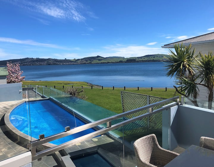 *Discounted Rate* Lakefront Apartment. Waimahana 4