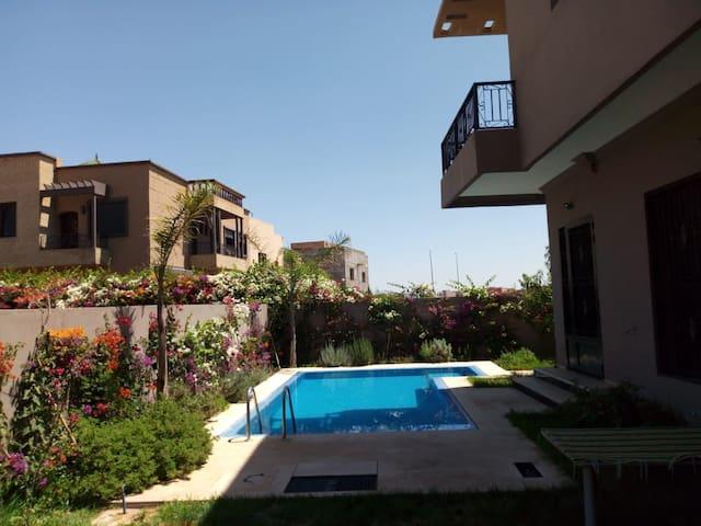 Relaxing break - Spacious room in villa Marrakech