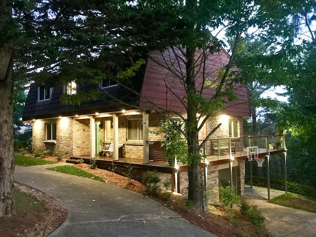 Lake Cottage - Blue Mountains Family Getaway