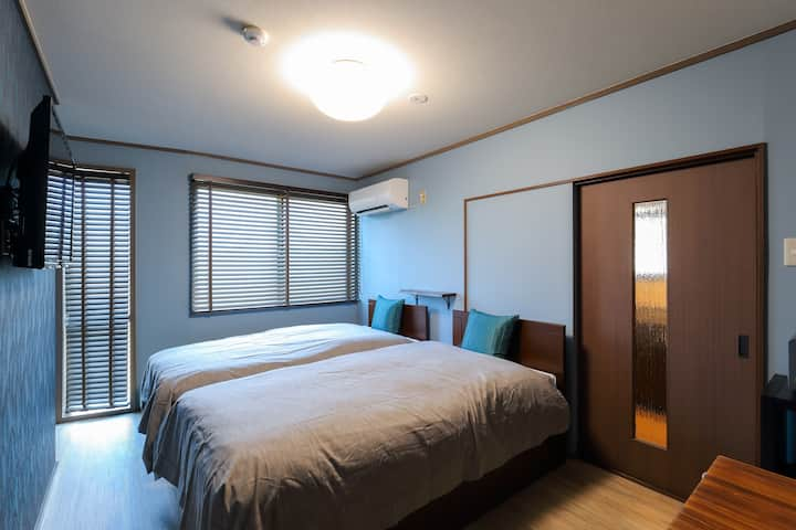 #101-Kenroku Moct Serenity Room with Free Bicycles