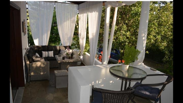 Vicky's Garden Villa