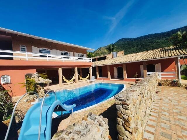 Casa com piscina e sauna Praia Cigarras - São Sebastião