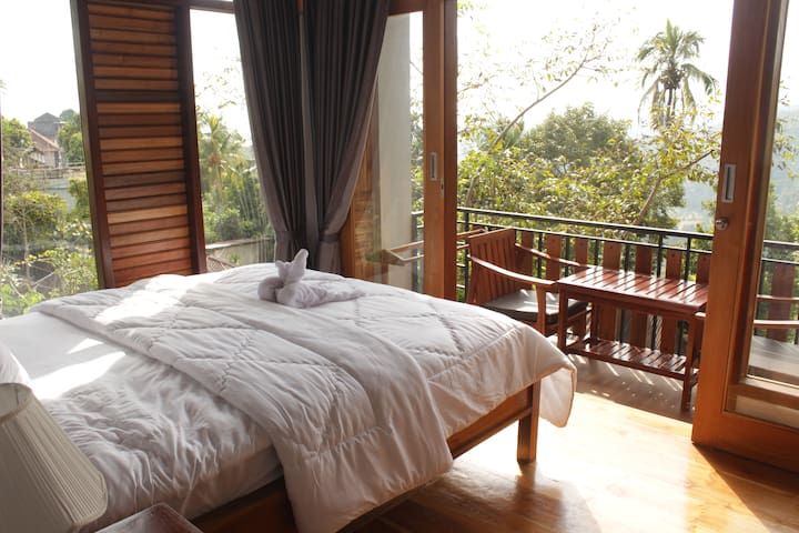 Panorama Munduk Guest House  Double Room