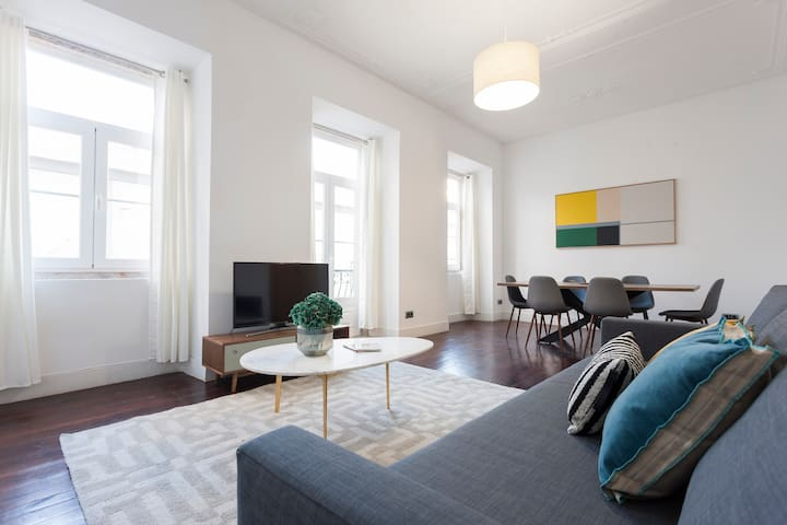 ※NEW ※ 2Bedroom apt in Heart Bairro-Alto