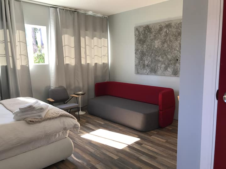 Studio with private entrance in Silicon Valley