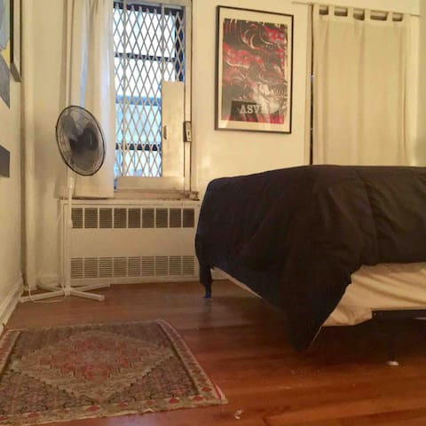 Private bedroom available in the East Village