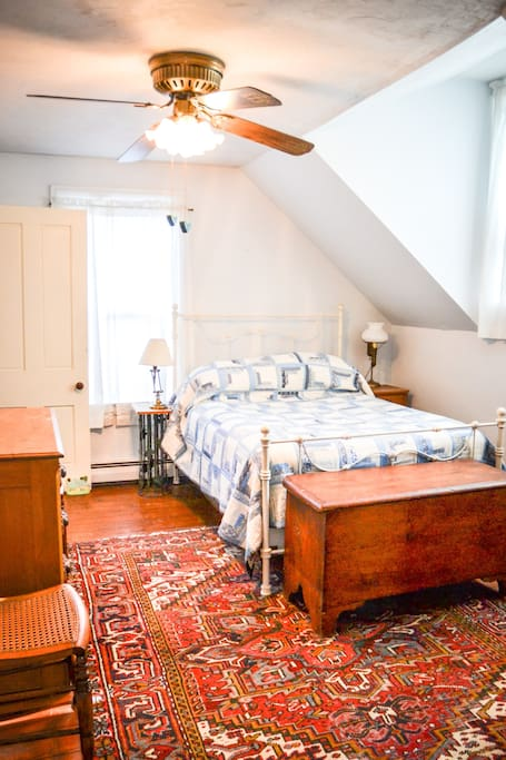 Beautiful upstairs double bedroom