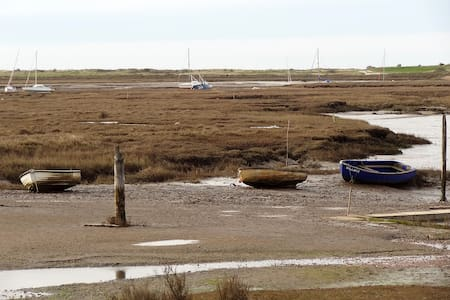 Cottage: walk to all amenities next  coastal path - Brancaster Staithe - Ev