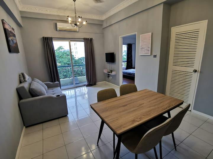 4人一室一厅新装修公寓亚庇市中心/KK CITY CENTRE HOMESTAY 4 PAX