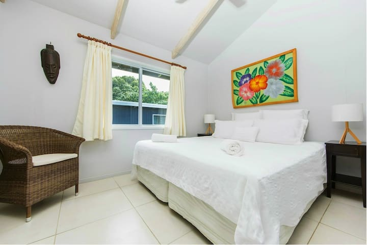Maine Villa - Modern & Spacious in Muri Beach - Ngatangiia - Rumah