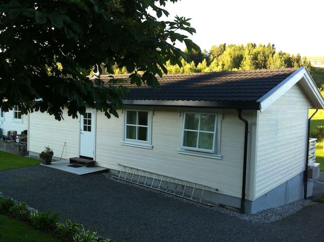 Leilighet i tilbygg - Gjøvik - House
