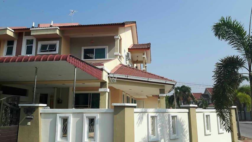 LP推荐之亚洲十大旅游地马来西亚Ipoh——Eco park 旁的家 - Ipoh - Casa