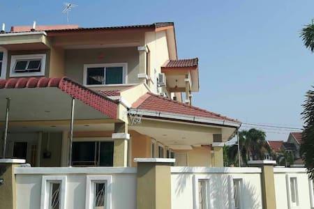 LP推荐之亚洲十大旅游地马来西亚Ipoh——Eco park 旁的家 - Casa