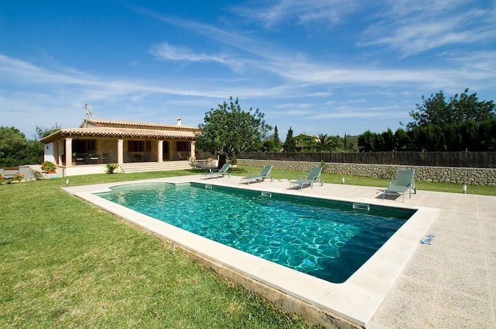 Catalunya Casas: Villa Marine only 1.5 km to the old town of Pollensa!