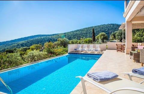 Villa Apollo Fiskardo amazing sea view & priv pool