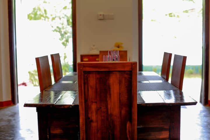 MA` Holidays-Villa Induruwa, Bentota. Entire Villa