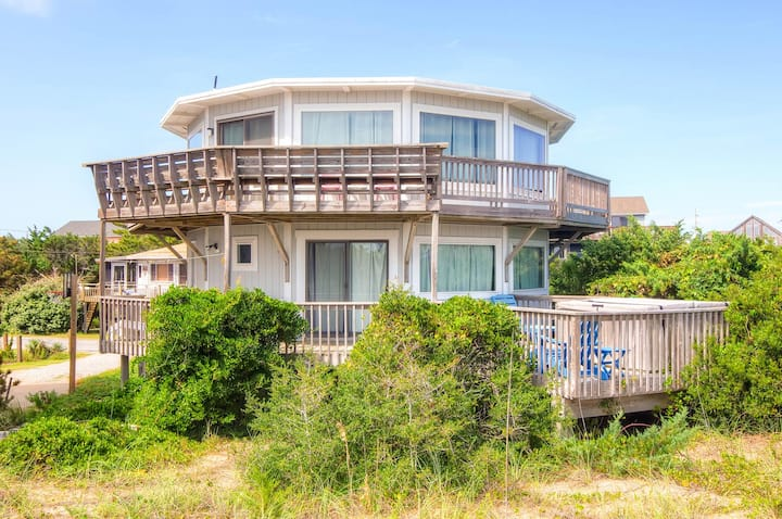 Oceanfront All A Round Views (Pet Friendly!)