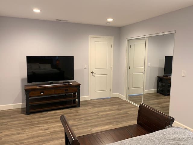 Cozy  Master Room , close to Stanford, Amazon, FB4