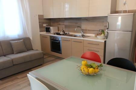 Appartamento indipendente in Villa - Gabicce Mare - Vila
