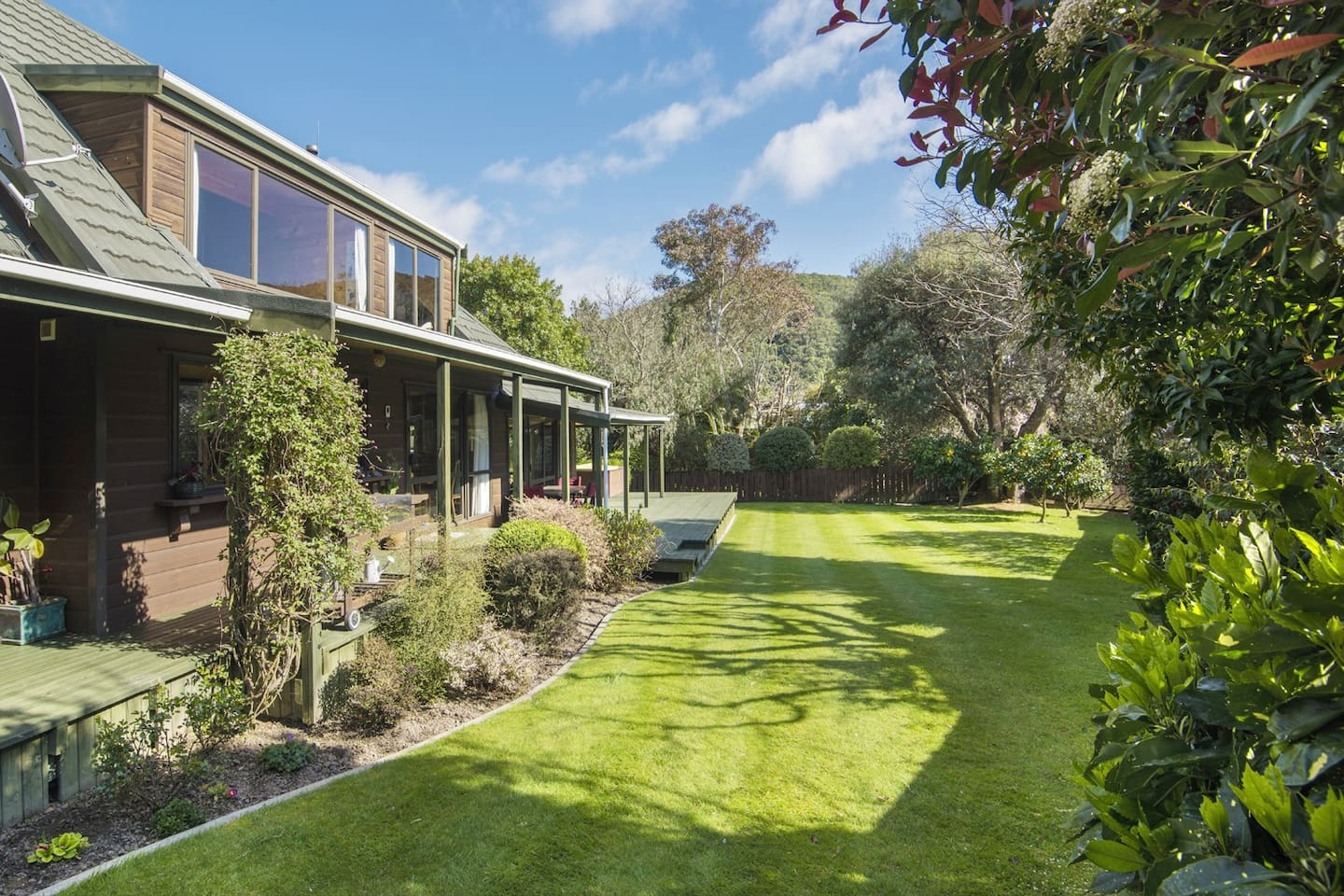Mulberry house, - lawn and garden