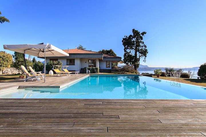 Panoramic villa with pool and views - Pallanza - Villa