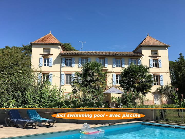 spacious guest rooms with pool (Toulouse-Albi)