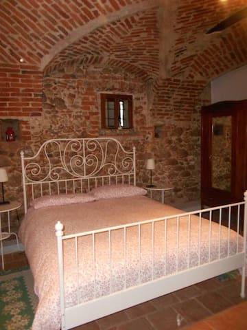 Grazioso appartamento ai bordi delle Langhe - Carrù