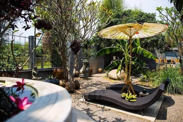 J&Y Pool Villa @ Maerim