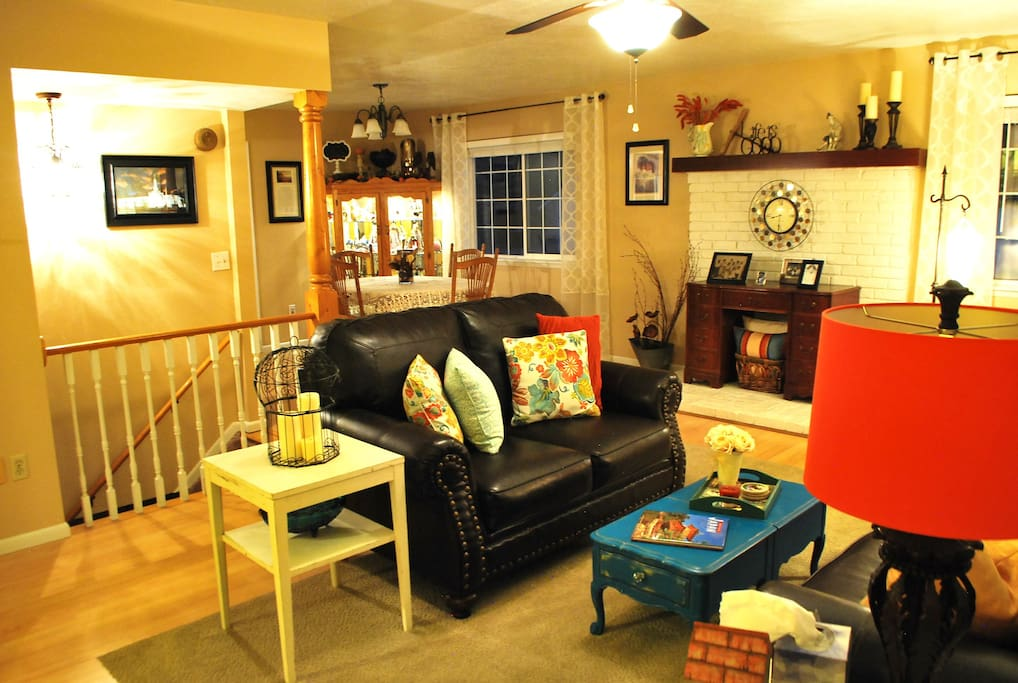 Upstairs living and dining rooms- breakfast served