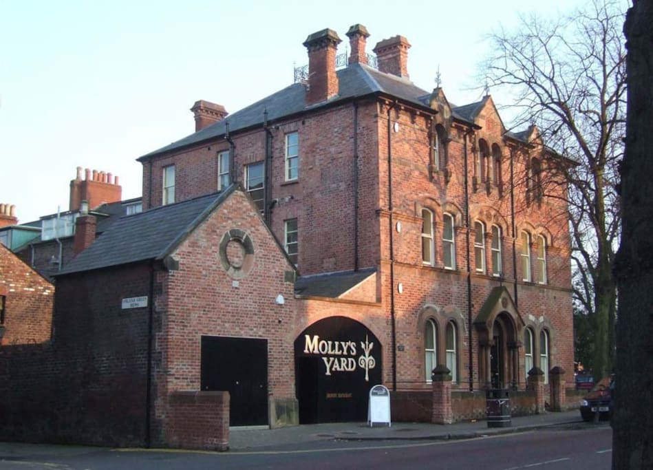Molly's Yard is an award-winning restaurant housed in the former stables of the house.