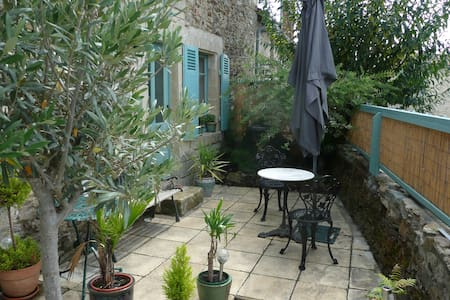 Selfcatering room & double bedroom(or rent as unit - Vouvant - Andere