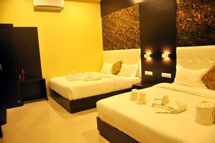 Hotel Grand Bhagwat By Keymagics - Family Room