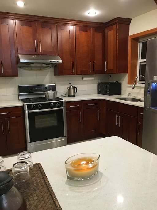 Affordable apt private bathroom apartments for rent in queens new york united states for Rooms for rent in nyc with private bathroom