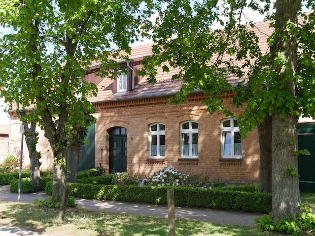 Lindenhof Vipperow Wohnung 2 im Erdgeschoß