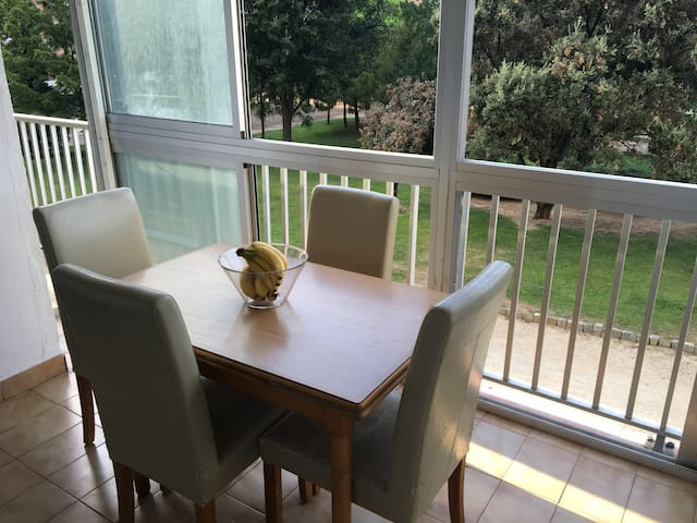 Nice Sunny Room in the City Center! - Tarragona - Apartament