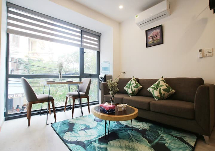 R301 ! Modern and bright apt for 2pax in Cau Giay