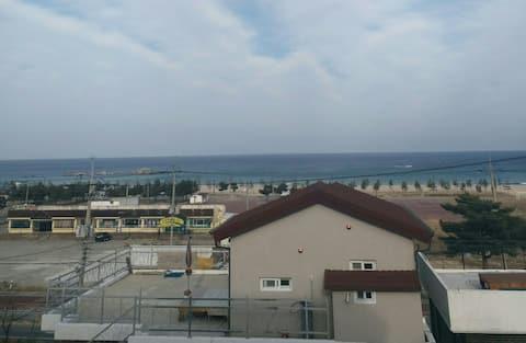 삼포해변 바다가 보이는집/15평 독채/온돌방