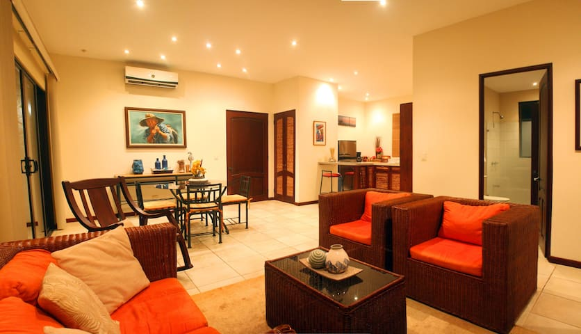 Beautiful Apartment next to the beach - Coco - Apartemen
