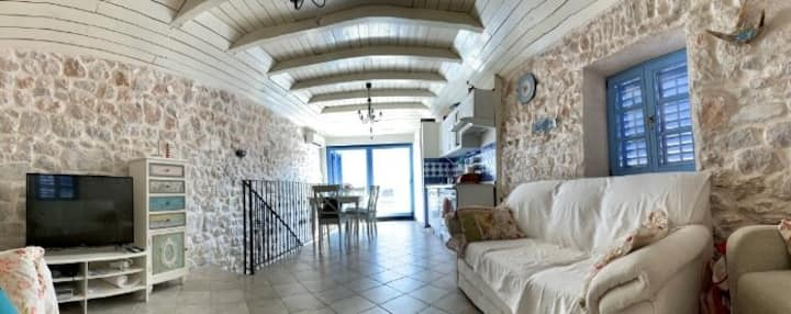 Lovely stone house Lucija in Tisno, island Murter
