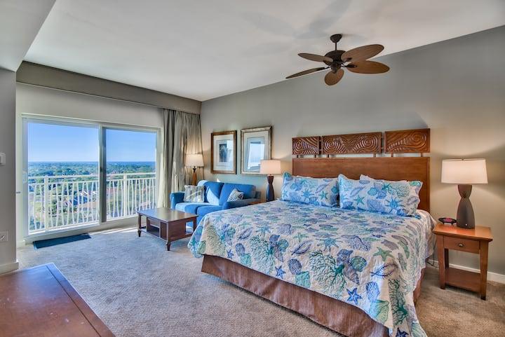 Stunning Ocean/Golf view plus Beach Gear/TRAM/Wifi