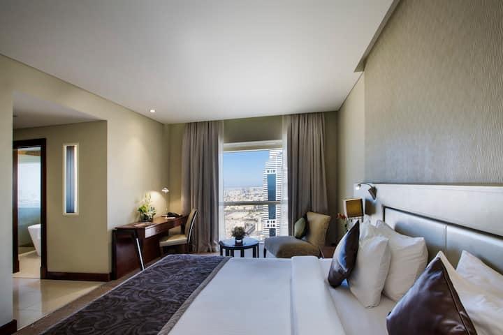 Millennium Plaza Hotel Dubai Superior room 5* /3