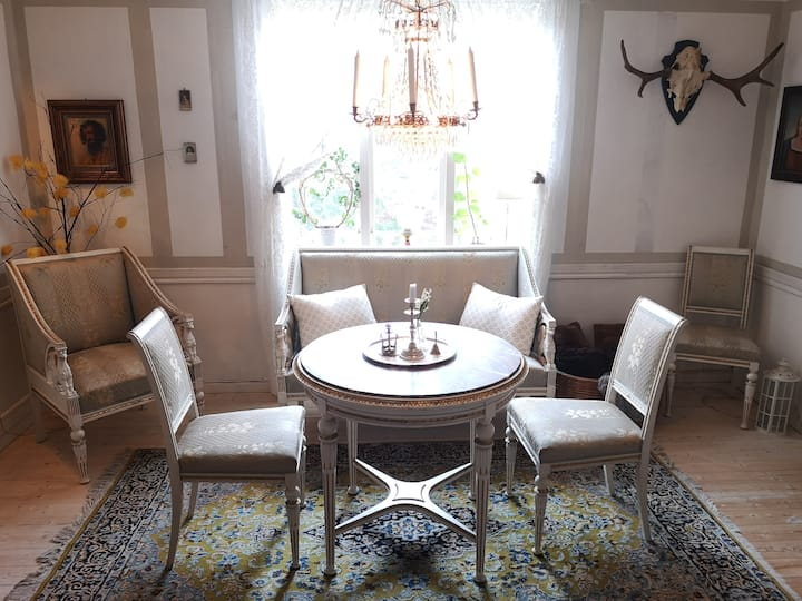Romantic Swedish/Gustavian style accommodation