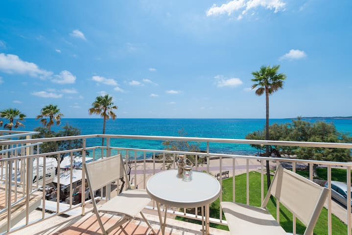 TALAIOT CALA MILLOR - Apartment with sea views in Cala Millor. Free WiFi