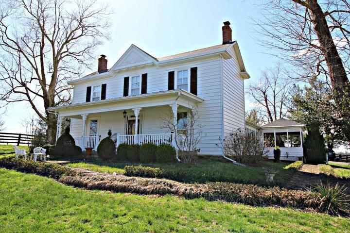 Farm House at Weathered Oak Farms