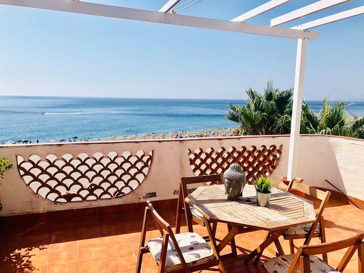 Seafront Penthouse at Recanati near Taormina!